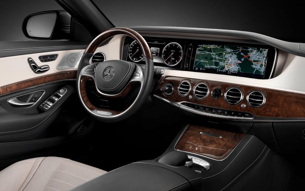 2014-Mercedes-Benz-S-Class-cockpit